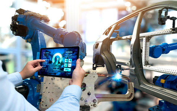 AR, IoT and AI – How HoloLens 2 is driving the future of industrial AR applications